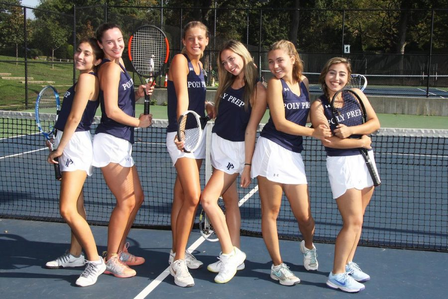 Seniors+on+the+Girls%27+Varsity+Tennis+Team.