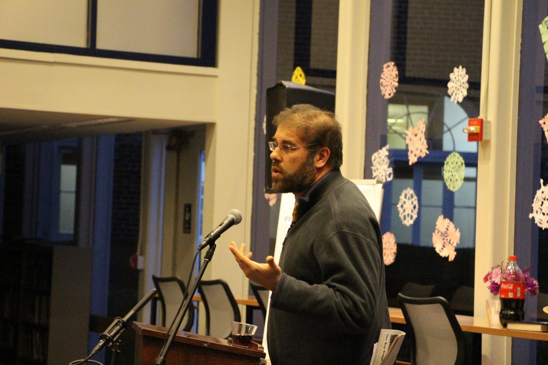 Professor Suri spoke to students on January 28.