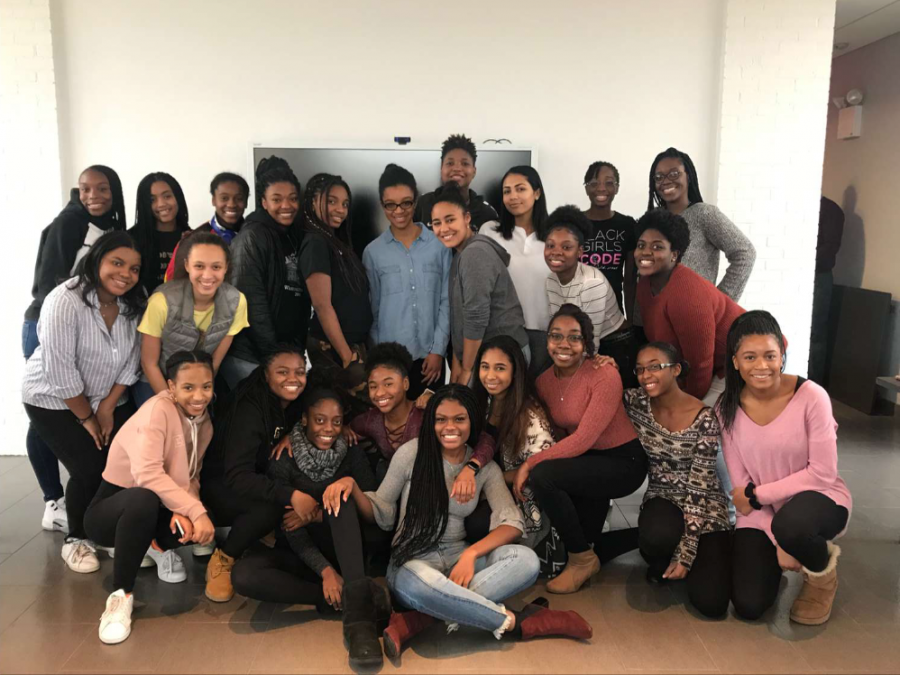 Lemonade%27s+first+meeting.+Francis+started+the+group+in+order+to+cultivate+a+sense+of+unity+among+Poly%27s+black+girl+community.+