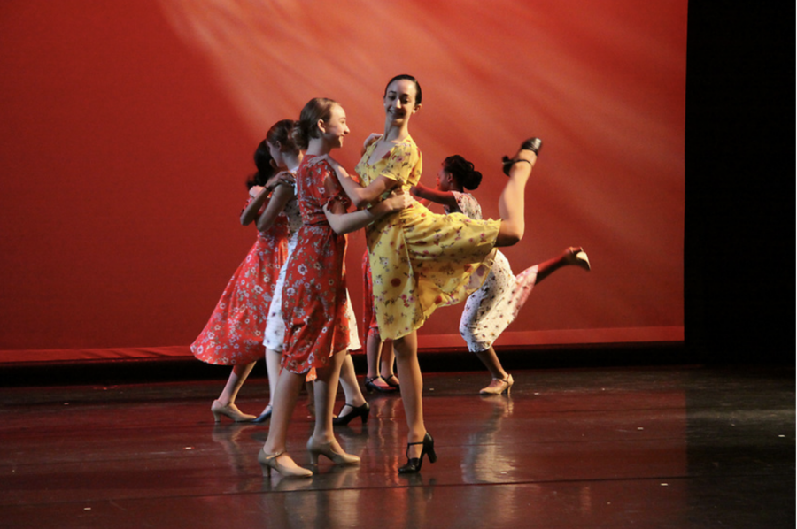 Freshmen+Sophia+Falbo+and+Ella+Barnett+perform+a+routine+during+the+spring+dance+concert.+